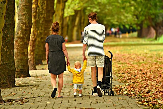 procházka s batoletem