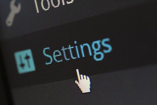 monitor, obrázek modrý settings a u toho je myška v podobě ručky